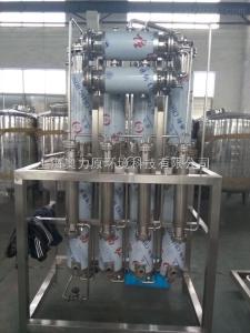 A-100多效蒸餾水設備